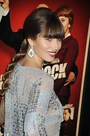 Jessica Biel attended the premiere of 'Hitchcock' wearing a cute braid with blunt bangs.