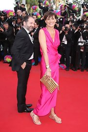 Ines de la Fressange carried a Roger Vivier pyramid clutch at the 'Madagascar' premiere at Cannes.