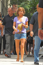 Jennifer Aniston headed to the 'Squirrels to the Nuts' set wearing a lilac scoopneck tee by James Perse.