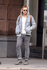 Ryan Gosling paired his casual outfit with a pair of lace-up oxfords to dress up his ensemble.