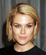 Rachael Taylor kept it classic with this bob at the 2012 International Emmy Awards.