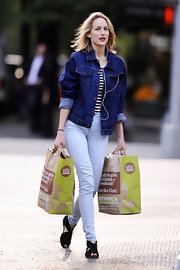 Leelee Sobieski looked cool and relaxed in a denim jacket layered over a striped shirt as she did some grocery shopping.