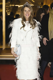 Anna dello Russo channeled her inner princess with a pretty diamond tiara by Louis Vuitton.
