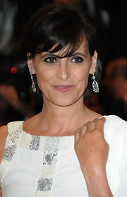 Ines de la Fressange looked lovely with her bob and eye-grazing bangs at the 2013 Cannes Film Festival opening ceremony.