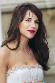 Caroline Sieber attended the Royal Academy of Arts' Summer Exhibition preview party wearing gentle waves and side-swept bangs.