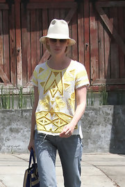 January Jones looked summery in a straw hat while grabbing lunch.