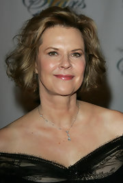 JoBeth Williams looked fab with her wavy bob at the Night of 100 Stars Oscars party.