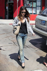 Rachel Bilson grabbed lunch wearing a pair of very distressed jeans.