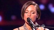 Alicia Keys kept it classic and cute with this bob for her performance on 'American Idol.'